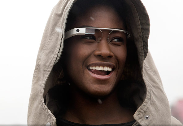 Yes, It May Be Illegal to Drive While Wearing Your Google Glass